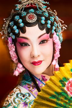 Lighting and flash tips for Profoto Gear from Joe McNally Amazing Photography, Portrait Photography, Flash Photography, Colour Pencil Shading, Peking, Chinese Opera, Chinese Typography, Mushroom Art, Make Pictures