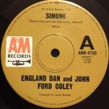 SIMONE / CASEY | ENGLAND DAN AND JOHN FORD COLEY | 7 inch single | $15.00 AUD | music4collectors.com