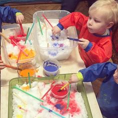 Painting snow at school. Clever idea!