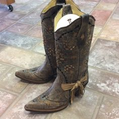 Corral cowboy boots Ld can go tabac laser boot. The most beautiful boot to be seen and worn. Notice all the details with hints of turq and Carmel on grey. Corral Shoes Heeled Boots