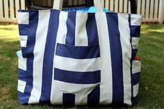 Put Up Your Dukes: big mommy giant beach bag tutorial - bag category, bag online store, bags in bag *sponsored https://www.pinterest.com/bags_bag/ https://www.pinterest.com/explore/bag/ https://www.pinterest.com/bags_bag/mens-bags/ http://www.muji.us/store/bags.html