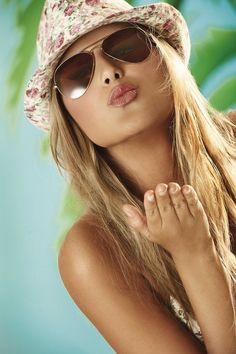 Sunnies for cool girls #women #fashion #eyewear…