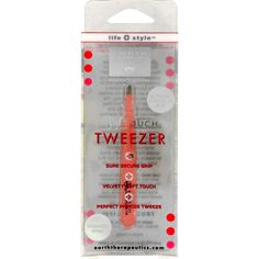 Earth Therapeutics Softouch Tweezers are professional quailty. The body of the Softouch tweezer is lined with a special coating that is velvety soft to the touch, yet ensures a non-slip secure grip for perfect and precise tweezing.