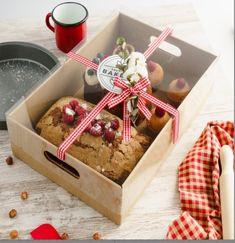 Xmas Hampers, Food Hampers, Christmas Hamper, Gift Hampers, Dessert Packaging, Food Packaging Design, Gourmet Gifts, Food Gifts, Cake Accessories