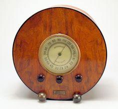 """Silver model 159 """"Circular"""" Tube Radio   Collectors Weekly"""