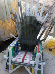 DIY Iron Throne (Sword Throne) - Game of Thrones.   Tutorial here: http://www.instructables.com/id/Make-Your-Own-Iron-Throne/?ALLSTEPS  Picture of Painting and last touches