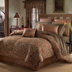 This comforter set pays homage to the natural beauty and the creative aesthetic of the Southwest. A diamond pattern rendered in warm earth tones bedecks the comforter, while a complementary bed skirt and two shams create a coordinated look for your bed.
