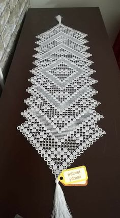 c cool hair styles for girls short - Hair Style Girl Crochet Table Runner Pattern, Crochet Doily Patterns, Crochet Tablecloth, Crochet Motif, Crochet Doilies, Diy Crafts Crochet, Crochet Home, Crochet Bookmarks, Hardanger Embroidery