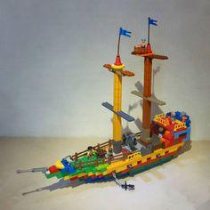 Duplo Pirate Ships