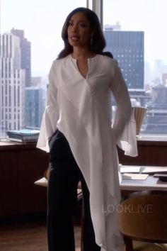 Gina Torres Jessica Pearson Suits The Hand That Feeds You Fashion Fabric, Suit Fashion, Fashion Outfits, Womens Fashion, Suits Tv Series, Suits Tv Shows, Gina Torres, Power Dressing, Jessica Pearson