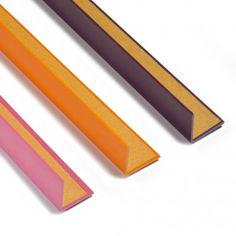 CANTONERA DE PVC ADHESIVA COLORES ESPECIALES La Cantonera de PVC adhesiva colores especiales no requiere herramientas, adhesivos ni colas para su colocación. Disponible en varios colores, longitudes y medida de perfil. #CantoneraPVC #RematePVC #ÁnguloPVC #ÁnguloAdhesivo #SelfAdhesivePVCAngle #PVCAngle Office Supplies, Stair Nosing, Adhesive, Closets, Diy, Tools, Budget, Colors