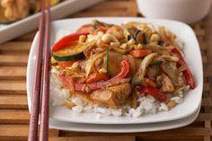 Ginger Chicken Stir-Fry Healthy Chicken Stir Fry, Veggie Stir Fry, Asian Recipes, Healthy Recipes, Yummy Recipes, Chinese Recipes, Healthy Dishes, Skinny Recipes, Recipes Dinner