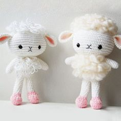 Cloudy the Lamb by Pepika crochet pattern $5.00 on  Amigurumipatterns.net at http://www.amigurumipatterns.net/shop/Pepika/Cloudy-the-Lamb/