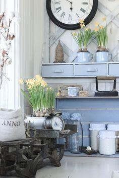 shelf idea with drawers