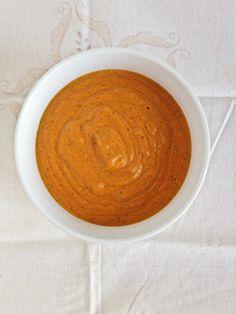 Vegan Cheese Sauce (...for loaded vegan nachos).