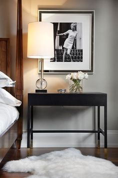 This bedside arrangement is so chic and contemporary: prioritising clean lines and a minimal colour palette.