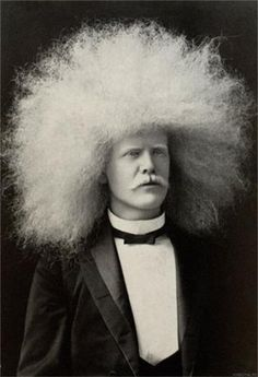 The Amazing Albino Afro Man - Circus Freak Series - Altered Vintage Plate I want this! Bad Hair Day, Big Hair, Look Vintage, Vintage Photos, Vintage Glamour, White Afro, Afro Men, Blinded By The Light, Circus Performers
