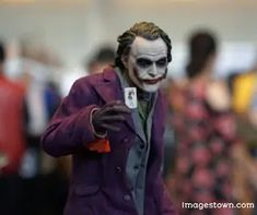 Shooting threat at 'Joker' movie premiere spurs warning from Army Criminal Investigation Command Joker Character, Character Poses, Make A Quote, Joker Images, Batman The Dark Knight, Dc Movies, Figure Model, People Around The World, Image Photography