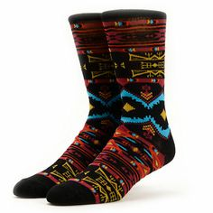 Treat your socks to the comfortable blended construction of the Empyre Flame Game black crew socks.