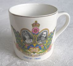 Silver Jubilee of King George V and Queen Mary (1935) commemorative pottery mug (SOLD) - www.vanishederas.com