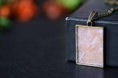 "Epoxy resin pendant ""Maple Leaf"" - Pendant necklace, Resin jewelry, Handmade jewelry, Natural jewelry, Maple leaf necklace, Gift for her #resinjewelry #mapleleaf #pendant"