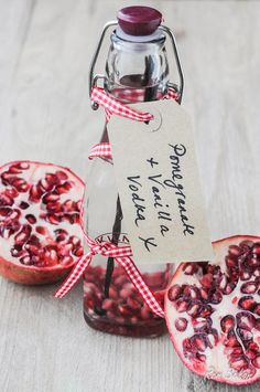 Make you own pomegranate and vanilla vodka ... a fabulous DIY Christmas gift ..