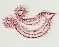 <span>Ptáček duháček menší | <a… Bobbin Lacemaking, Bobbin Lace Patterns, Lace Heart, Lace Jewelry, Lace Making, String Art, Lace Detail, Butterfly, Knitting