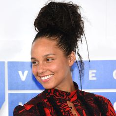 Why Alicia Keys' Makeup-Free Journey Is So Important