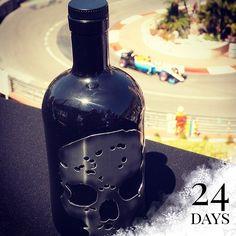 👻🏎☃😎 #GhostVodka #adventcalendar #xmas #countdown #memories #2016 #day1 #pinchpunch #monaco #monacogp #fairmonthotel #hairpin #montecarlo #f1 #grandprix #drinks #cocktails #mixology #ghost #vodka #skull #bottle #sun #sea #cotedazur #vip #bottlesondeck #bottleservice #travel #explore
