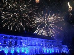 Der Höhepunkt des Abends: das grandiose Feuerwerk über dem Schloss Bellevue.