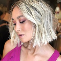 Which three colors of short hair dye look good? 2019 most popular short hair style tide – Page 19 – Hairstyle Hair Lights, Light Hair, Popular Short Hairstyles, Bob Hairstyles, Straight Hairstyles, Short Platinum Hair, Shampoo For Gray Hair, Blunt Hair, Sophisticated Hairstyles