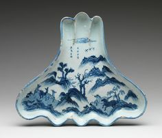 Dish in the shape of mount Fuji, made in China during the Ming dynasty for a Japanese customer. It would have probably been used to serve a light meal that preceded the tea, known as the kaiseki. Ming dynasty (1368–1644), 1620 - 30