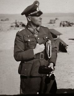 Erwin Rommel in North Africa - pin by Paolo Marzioli Afrika Corps, North African Campaign, Erwin Rommel, Field Marshal, Tank Armor, Germany Ww2, German Army, Panzer, Military History