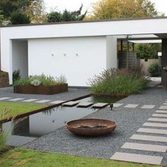 Minimalist garden - Minimalist Backyard Garden Beautiful Inspirations To Steal - Minimalist garden – Minimalist Backyard Garden 15 Beautiful Inspirations To Steal You are in the - Modern Patio Design, Modern Landscape Design, Terrace Design, Modern Landscaping, Modern Pergola, Yard Design, Landscaping Design, Diy Pergola, Backyard Patio