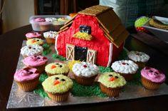 farm cake & animal cupcakes for Linda's baby shower Farm Birthday, 2nd Birthday Parties, Birthday Ideas, Barnyard Cake, Farm Cake, Farm Animal Party, Farm Party, Old Macdonald Birthday, Animal Cupcakes