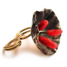 NEW!!! Flora doble ring, Alisa Letsius, 2016. #rings #unique #jewelrydesign #design #floraring #doublering #blossom #artjewelry #contemporaryjewelry #conception #flower #кольца #концептуальныеукрашения #alisaletsius
