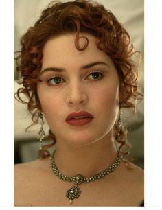 Kate Winslet Kate Winslet Oscar, Titanic Kate Winslet, Cute Baby Girl Photos, Girl Pictures, Chica Cyborg, Kate Winslate, Angelina Jolie Makeup, Titanic Photos, Titanic Movie