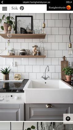 Home Sweet Home: Simple Ways to Make Your Kitchen Cozier Kitchen Dinning Room, Kitchen Decor, Sweet Home, Gravity Home, Scandinavian Kitchen, Contemporary Home Decor, Cuisines Design, Interior Design Inspiration, Interiores Design