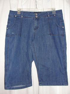ASHLEY STEWART Casual Blue Stretch Stitch Accent Trim Jean Shorts Size 16 #ASHLEYSTEWART #Denim