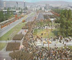 1980 Bajkalská ulica v pozadí Tehelné pole. Bratislava, Old Photos, Dolores Park, Nostalgia, Memories, Retro, City, Photography, Travel