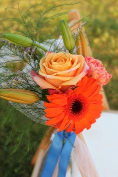 orange and blue wedding flowers