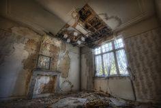 Abandoned Villa - Belgium by kleiner uRbEx hobbit, via Flickr