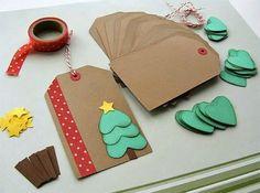 Eu adoro artes com papel. Se eu tivesse tempo acho que seria o tipo de artesanato que eu gostaria de fazer. Achei coisinhas fofas para inspirar e decorar o Natal de vocês (links no fim do post).  Anji