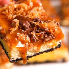 Cheesecake Bars Samoa cheesecake bars are better than Girl Scout Cookies. Get the recipe at .Samoa cheesecake bars are better than Girl Scout Cookies. Get the recipe at . Samoa Cheesecake, Cheesecake Recipes, Dessert Recipes, Bar Recipes, Coconut Cheesecake Bars Recipe, Samoa Cake, Samoa Brownies, Apple Cheesecake, Cupcake Recipes