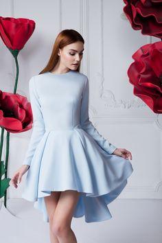 Платье-каскад «Дарина» — 34 990 рублей