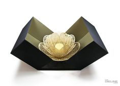 Love this lotus inspired candle holder. Candle Stand, Candle Holders, Paper Lotus, Lotus Tea, Candle Packaging, Quilling 3d, Best Candles, Crafty Craft, Wedding Favours