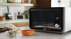 June is an intelligent oven for the future of cooking, made by designers and developers from Apple and Google.
