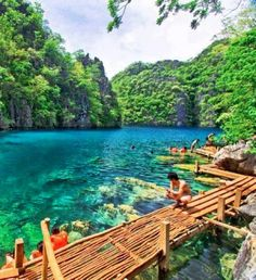 kayangan lake ,coron islands, palawan, philippines: