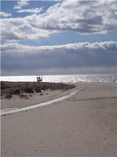 Bank Street Beach - Easy walk