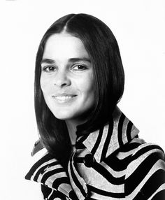Ali MacGraw - Photographed by Patrick Lichfield, Vogue, 1970